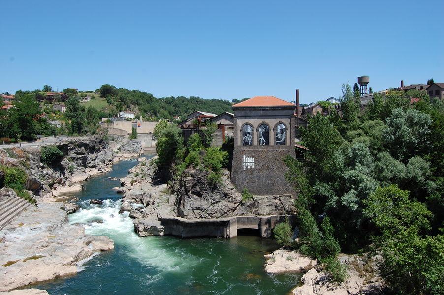 Zoom sur la ville de Saint-Juéry situé dans le Tarn près d'Albi